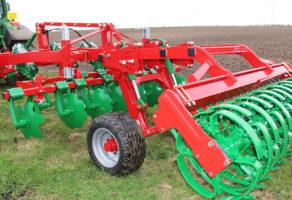 IQ Patent-Projektovanje i izrada poljoprivrednih mašina Subotica